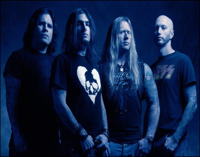 Machine Head vuelven con Unto The Locust