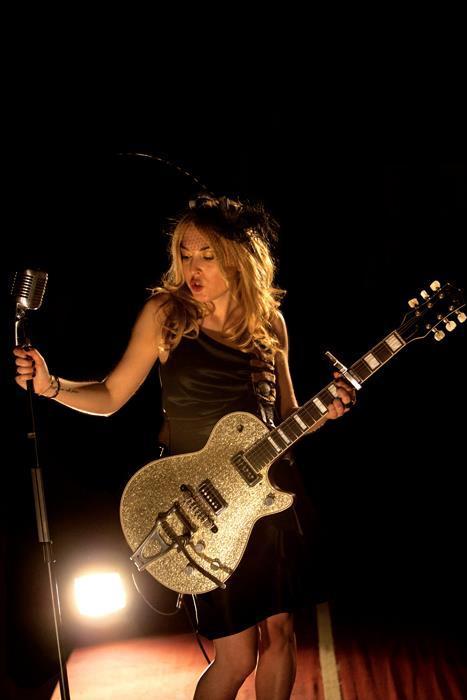 Concierto presentación del nuevo videoclip de Marta Iron