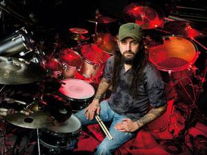 Mike Portnoy deja de ser el batería de Adrenaline Mob
