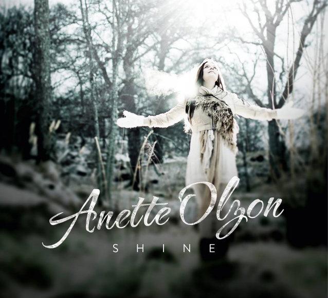Portada de 'Shine', debut de Anette Olzon (ex-NIGHTWISH)
