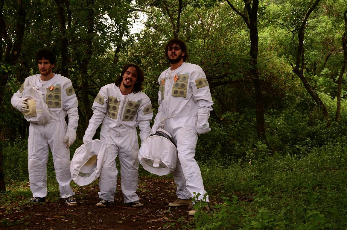 Los Random lanzan su último álbum con la colaboración de un miembro de The Mars Volta