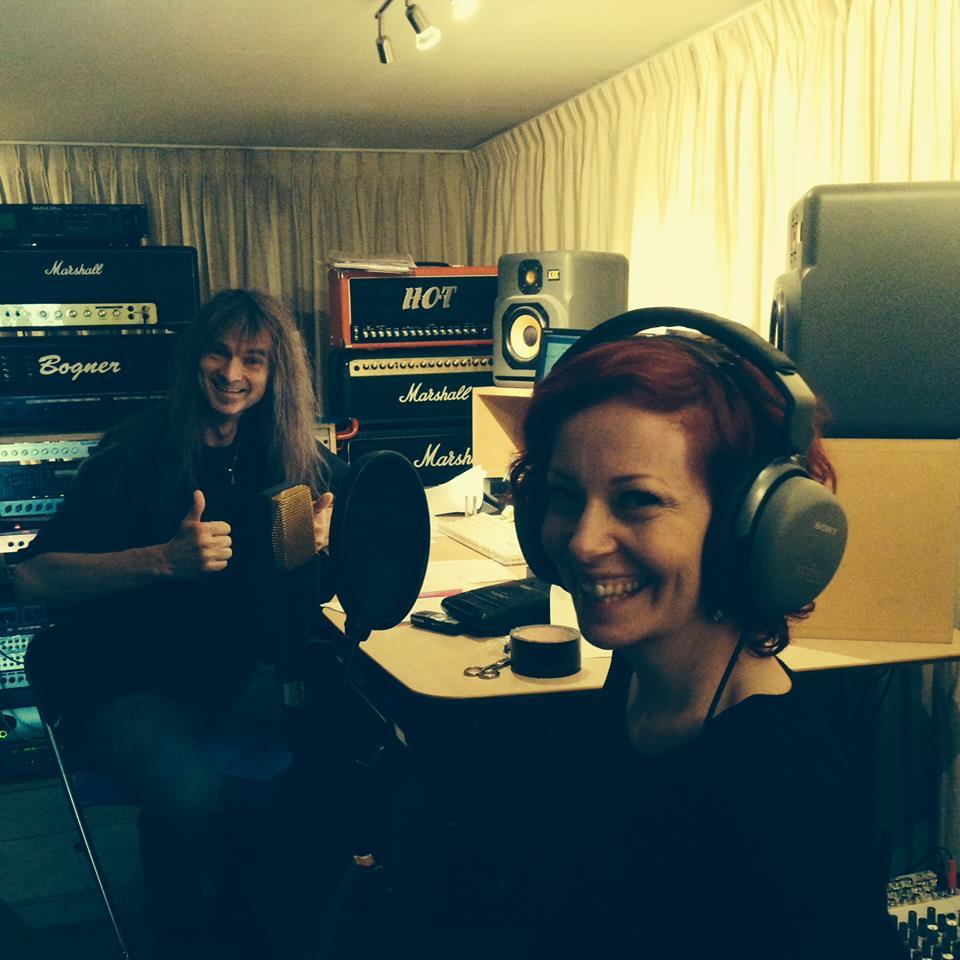 Arjen Lucassen y Anneke Van Giersvergen grabando juntos!!